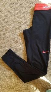 Womens Nike hyperwarm compression leggings